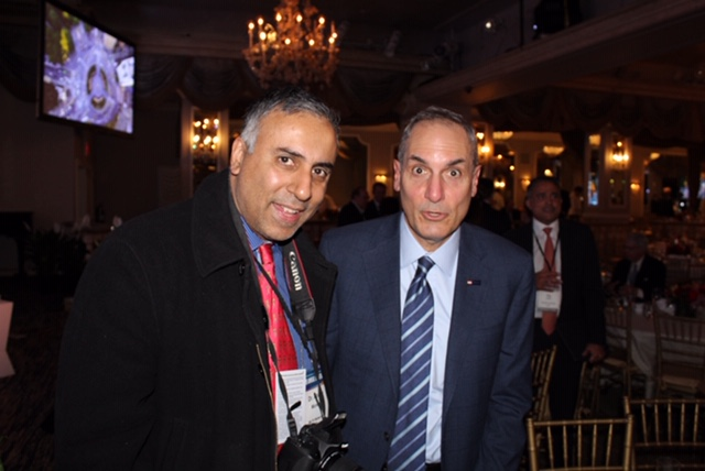 Dr Abbey with Andrew Cecere Chairman President & CEO U.S Bancorp