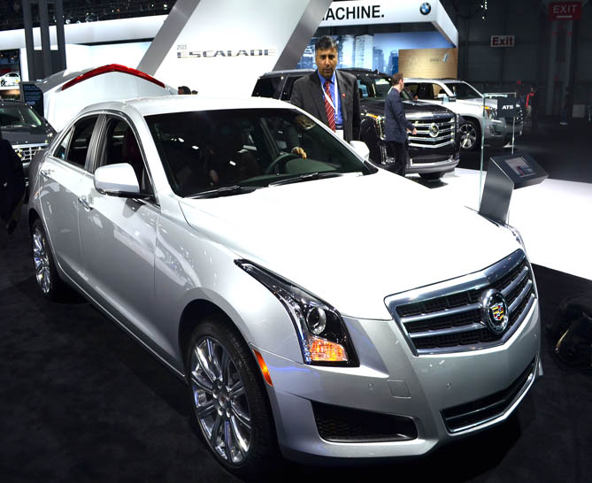 2014 Cadillac ATS AWD 2.0 Luxury Collectio 2