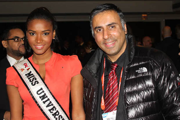 Dr Abbey With Miss Universe 2012 Leila Lopes