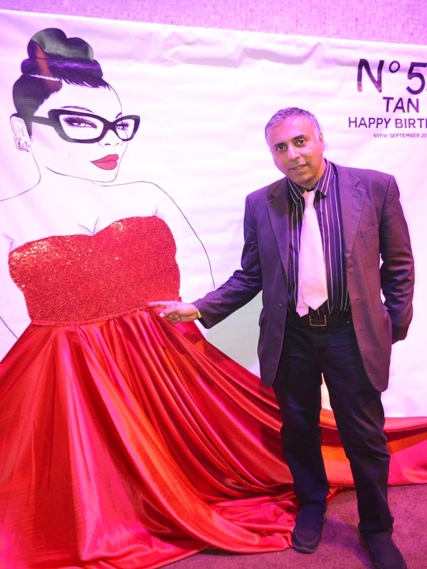 Dr Abbey at Full Figured Fashion Show 2019