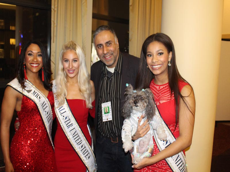 Dr Abbey with Beauty Queens at NY Pet Fashion Show 2020