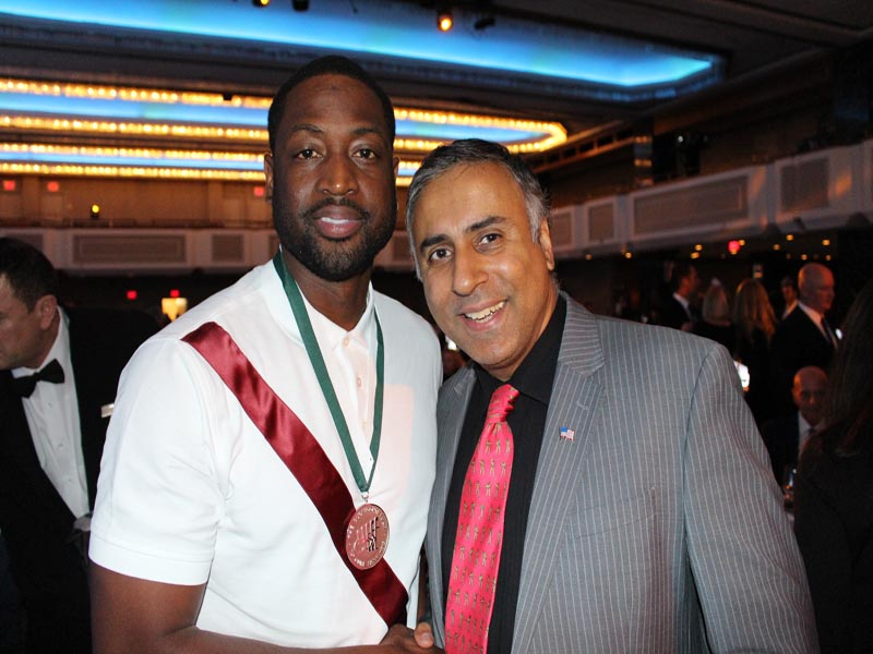 Dr Abbey with Dwayne Wade NBA Great Honored as Great Sports Legend