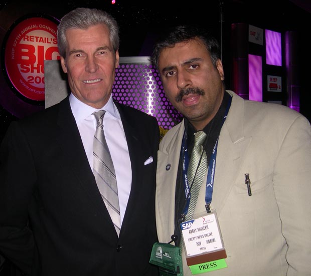 Dr. Abbey with Terry Lundgren, Chairman and CEO of Macy's