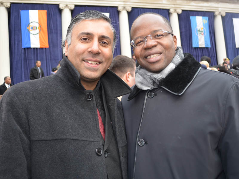 Dr.Abbey-with-Brooklyn-District-Attorney-Ken-Thompson