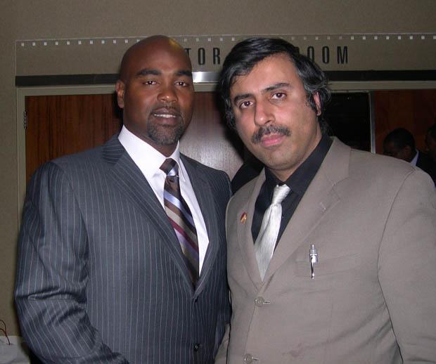 Dr.Abbey with Carlos Delgado Mets Slugger