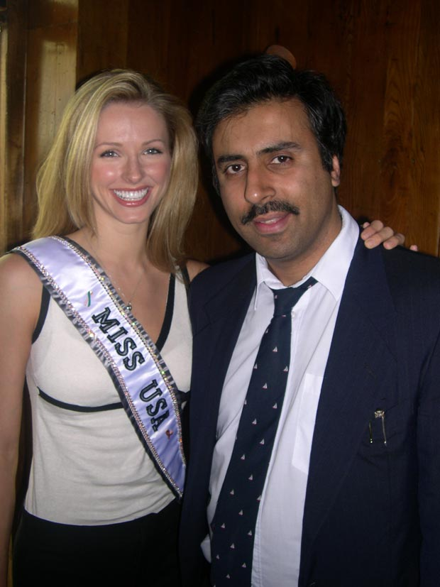 Dr.Abbey with  Shandi Finnessey Miss USA 04