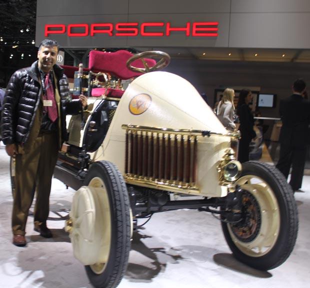 Dr.Abbey with Vintage Porsche