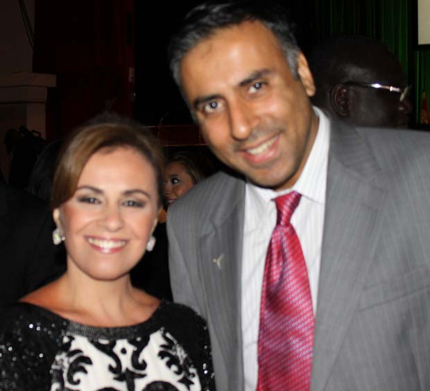 Dr.Abbey with first Lady of El Salvador Vanda Guiomar Pignato
