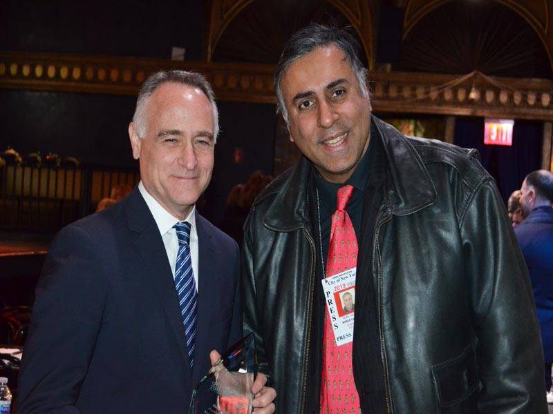 L-R Dr.Abbey with Honoree Michael Capiraso President & CEO NY Road Runners