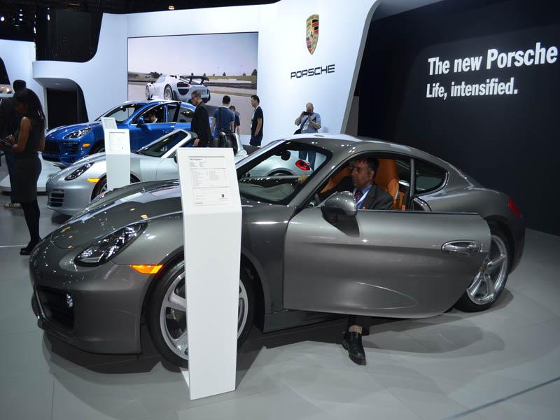 Porsche 2014 Caymans grey