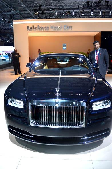 Wraith Rolls Royce 2014 2