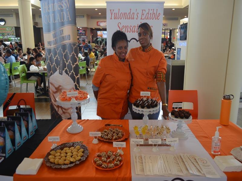 Food Vendor at Bay Plaza Mall